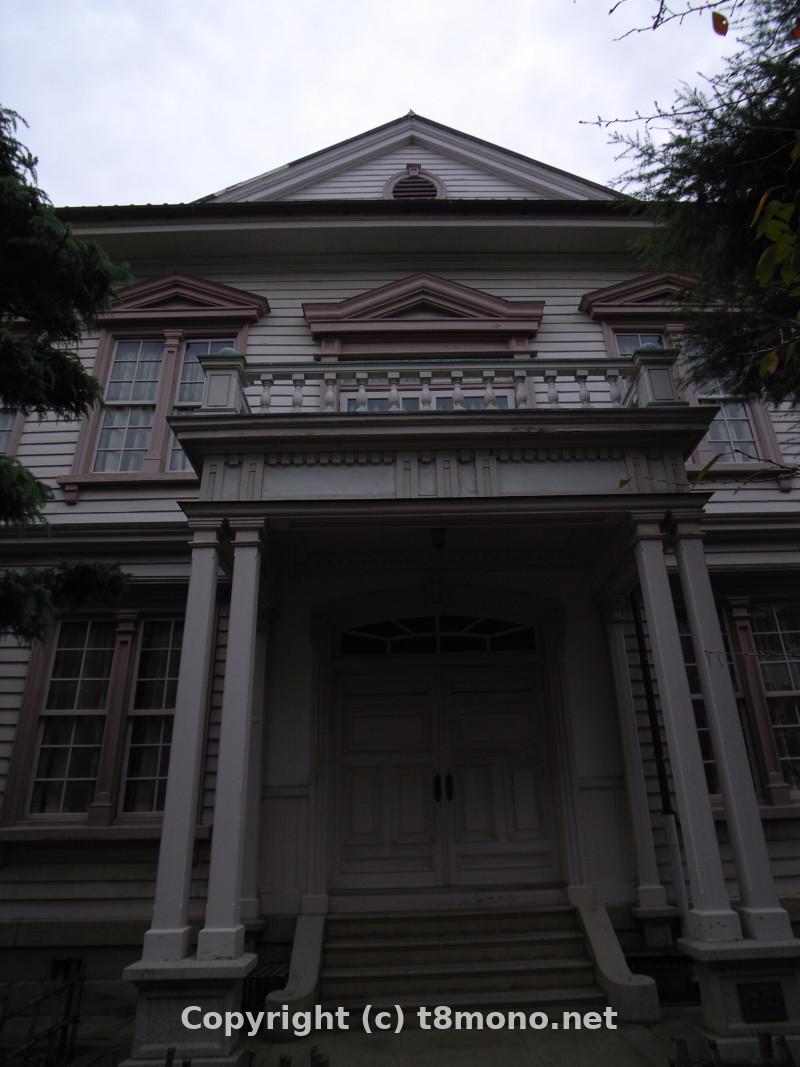 丸亀高校記念館(旧香川県立高松尋常中学校丸亀分校本館)