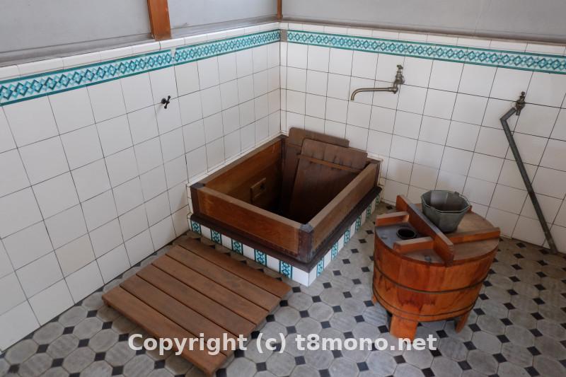 川西市郷土館(旧平安家住宅浴室)