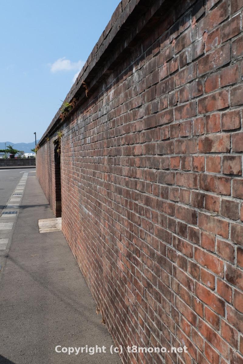旧紐育スタンダード石油会社倉庫煉瓦塀